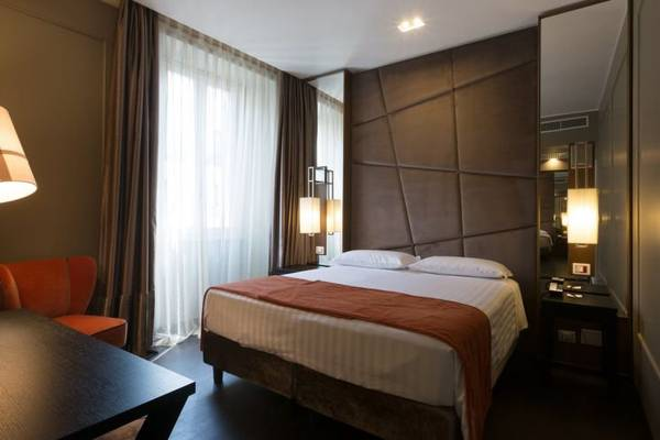 Deluxe double or twin room Stendhal Luxury Suites**** in ROME