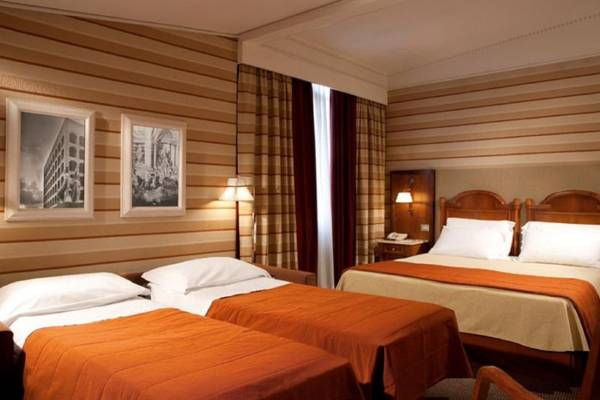 Superior quadruple room Hotel Mascagni**** in ROME