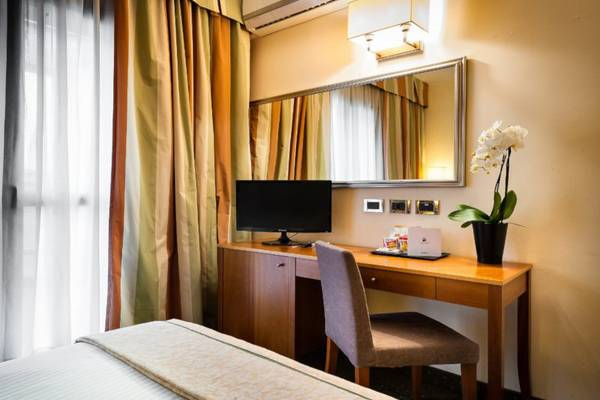 Classic single room Hotel Dei Cavalieri Caserta**** in CASERTA