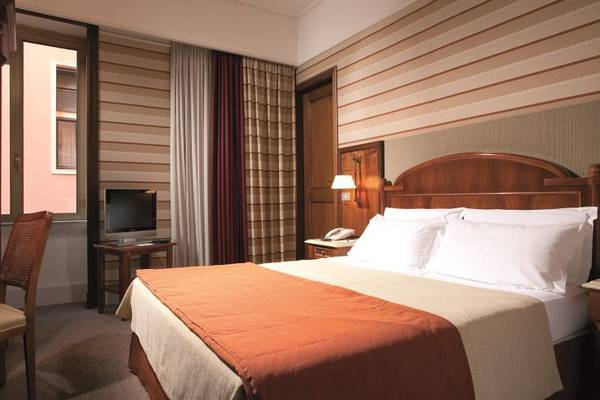 Classic double room Hotel Mascagni**** in ROME
