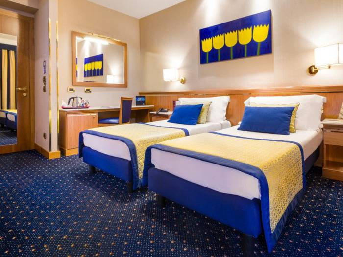 Comfort twin room hotel diocleziano**** rome