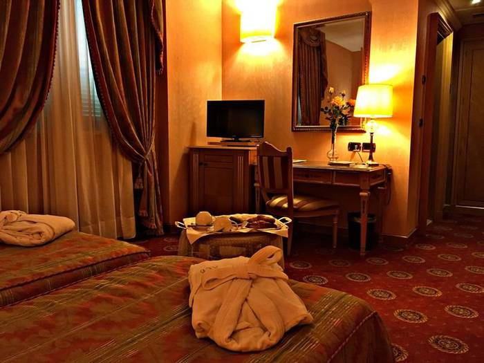 Superior twin room andreola central hotel**** milan