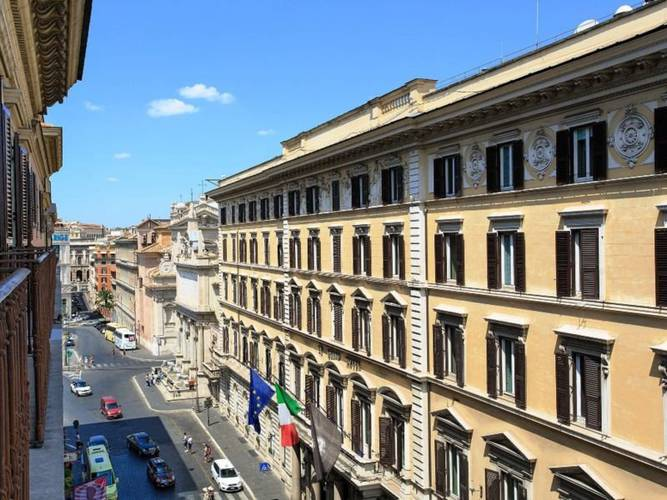 Facade mascagni luxury rooms & suites**** rome