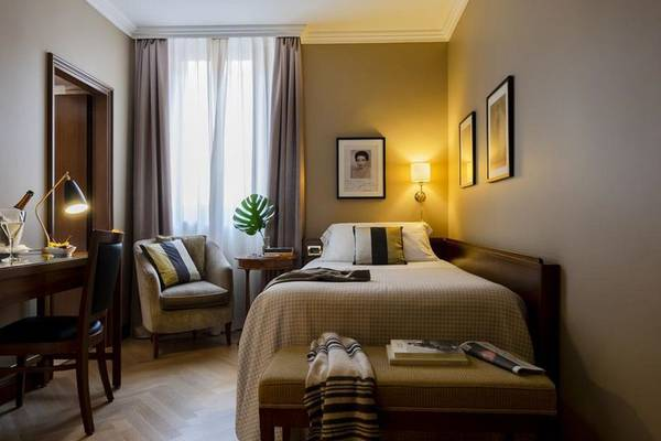 Double room with french bed Hotel Accademia**** in VERONA