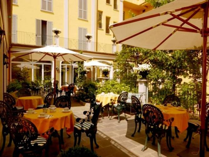Outdoors hotel victoria**** turin