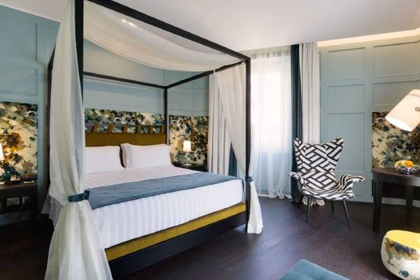 Royal Suite Stendhal Luxury Suites**** in ROME