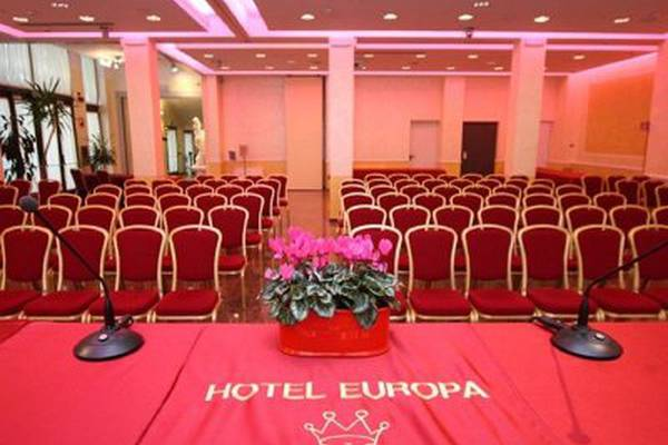 Meeting hotel europa**** novara
