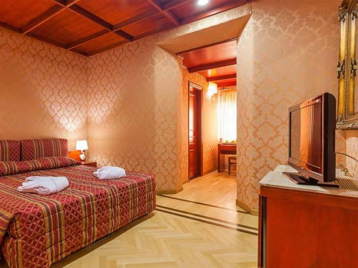 Classic double or twin room hotel galles*** rome