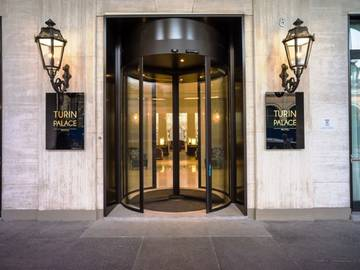 Entry turin palace hotel****
