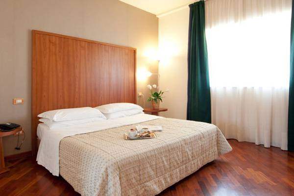 Business double room Regiohotel Manfredi**** in MANFREDONIA