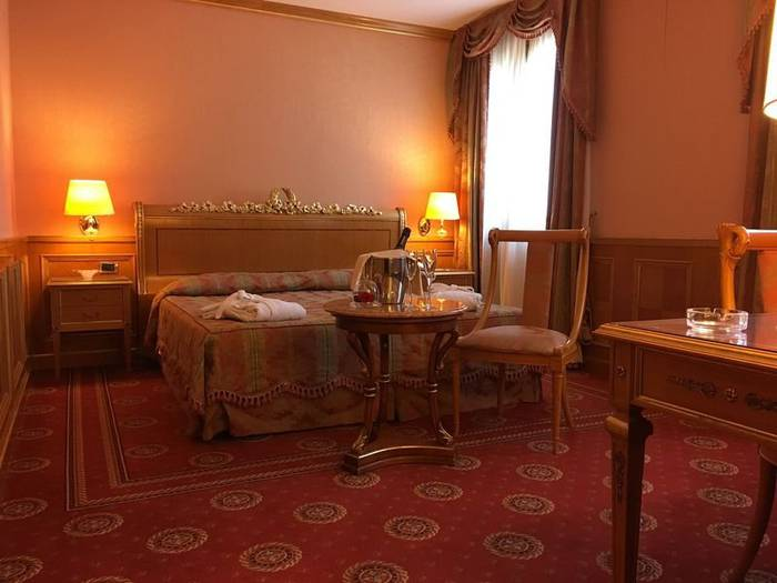 Superior double room andreola central hotel**** milan