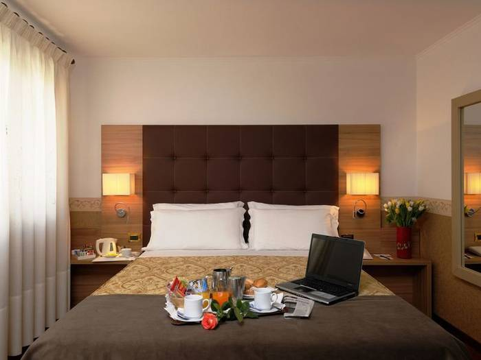Superior double room hotel ala*** venice