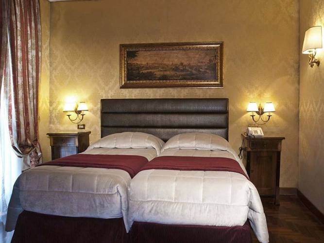 Camera doppia hotel royal court**** roma