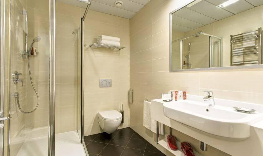 Camera doppia con letti singoli IQ Hotel Roma**** | Sito ...