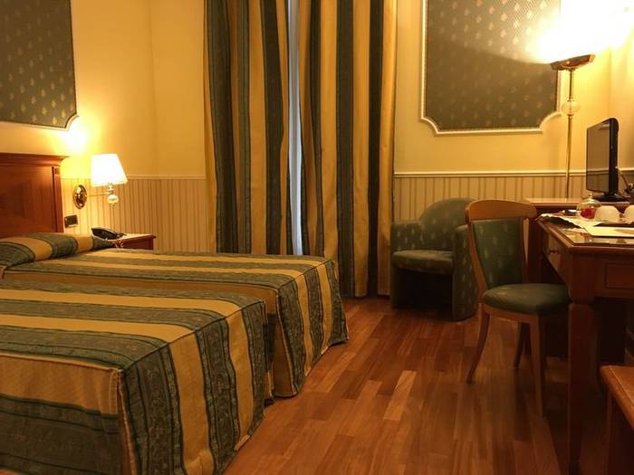 Classic twin room andreola central hotel**** milan