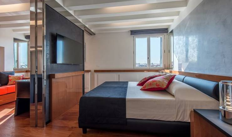 Deluxe apartment with view hotel rialto**** venice