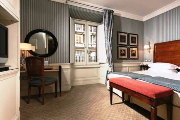 Superior double or twin room Hotel Stendhal**** in ROME