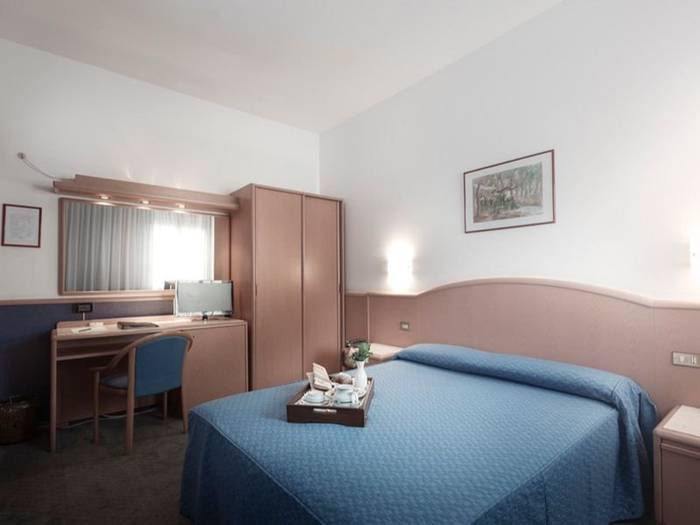 Superior room with double or twin beds alfa fiera hotel**** vicenza