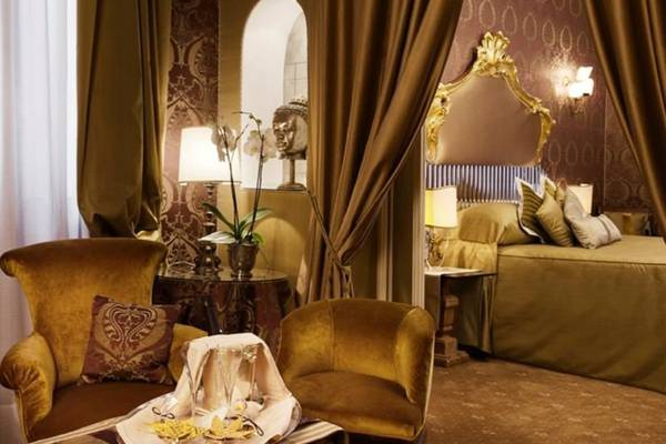 Grand deluxe double room Hotel Metropole Venezia***** in VENICE