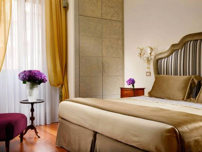 Superior double room new style hotel forum**** rome