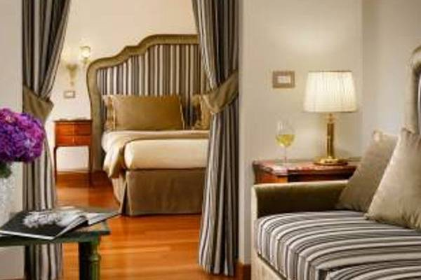 Family room Hotel Forum**** in ROME