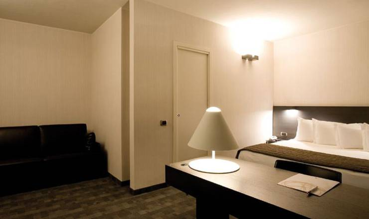 Standard double room hotel ovest**** piacenza