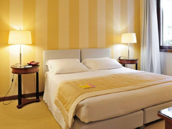 Superior double room hotel gran duca di york*** milan