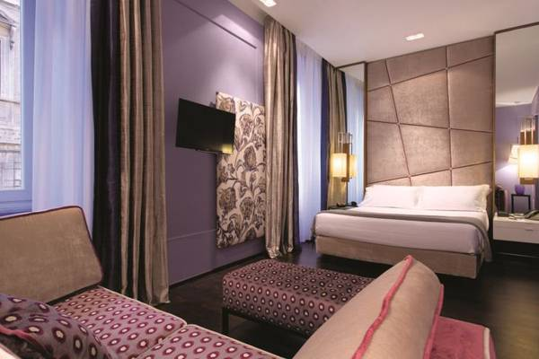 Junior Suite triple Stendhal Luxury Suites**** in ROME