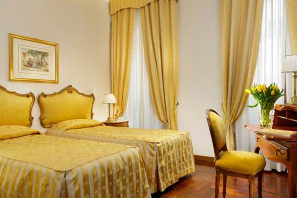 Twin room Hotel Forum**** in ROME