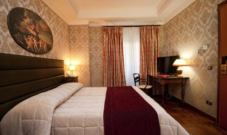 Standard double room hotel royal court**** rome