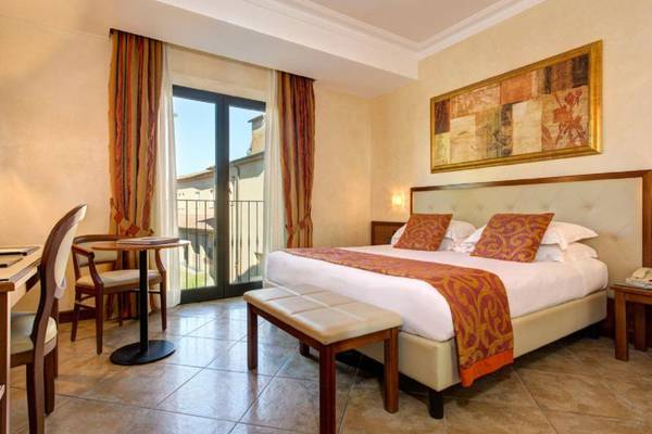 Superior double room Hotel Athena**** in SIENA
