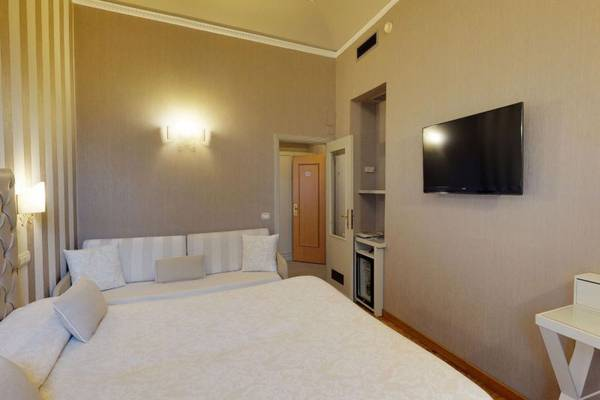 Triple room Hotel Metropole & Santa Margherita**** in SANTA MARGHERITA LIGURE