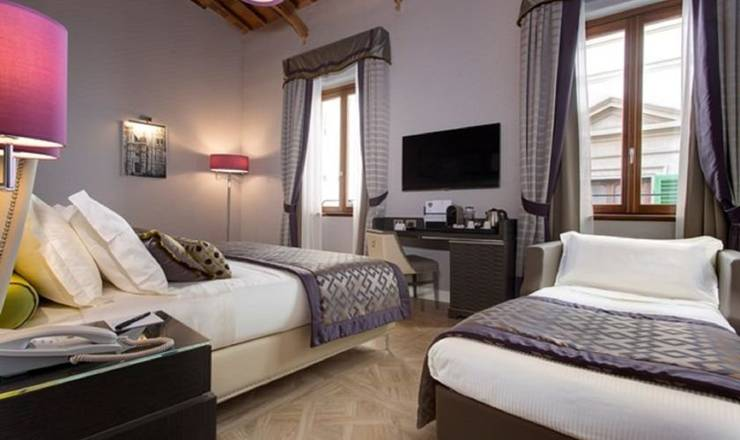 Deluxe triple room hotel spadai**** florence