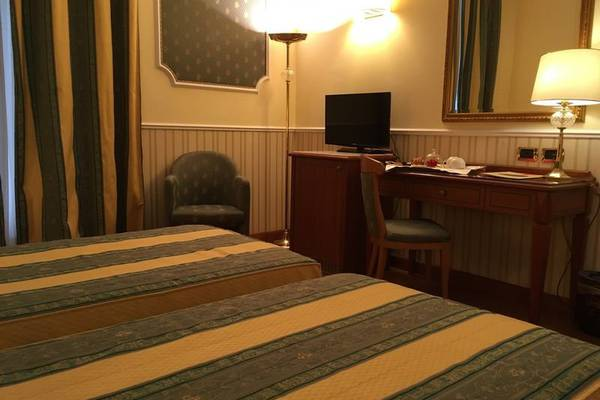 Classic double room for single use Andreola Central Hotel**** in MILAN