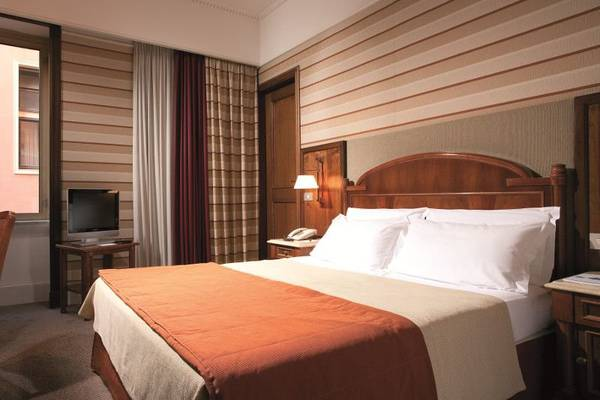 Classic single room Hotel Mascagni**** in ROME