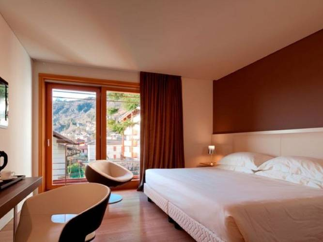 Double room hotel milano alpen resort meeting & spa**** castione della presolana